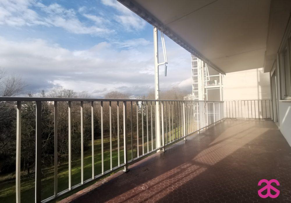 Balcon terrasse 69160 T4